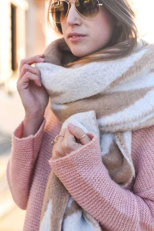 Asos extra long chevron scarf - winter streetstyle by Thankfifi