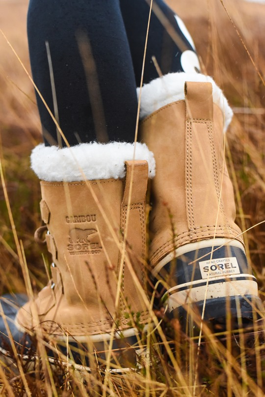 Hiking Scotland in Sorel Caribou boots - Thankfifi-5