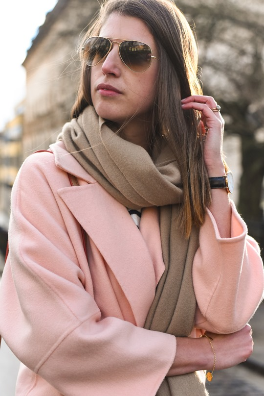 Peach cocoon coat, Banana Republic - street style by Thankfifi-10