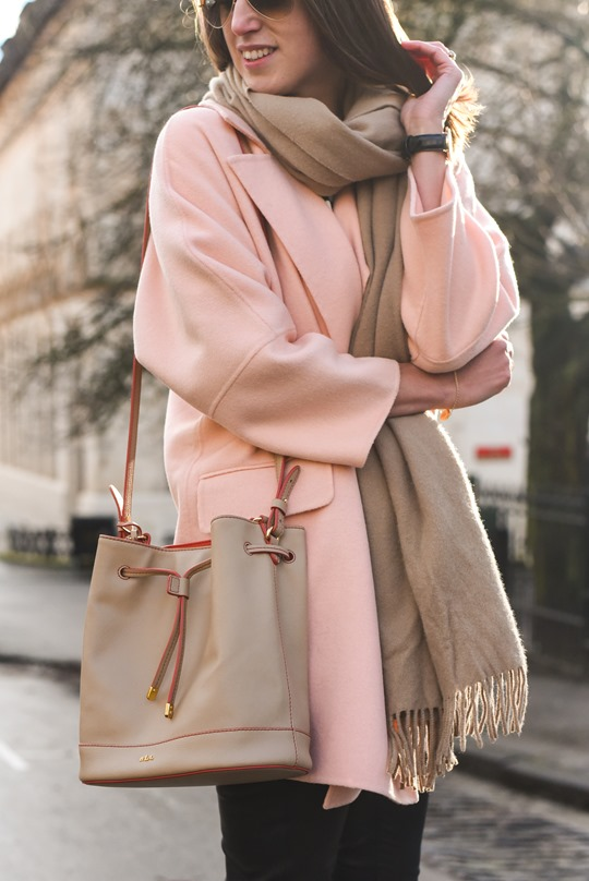 Peach cocoon coat, Banana Republic - street style by Thankfifi-9