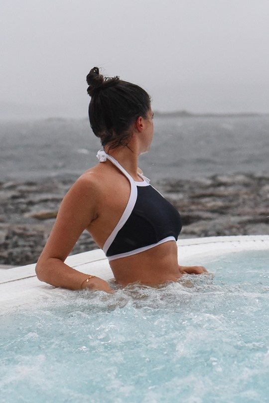 Portavadie - Spa and outdoor infinity pool, review by Thankfifi-3