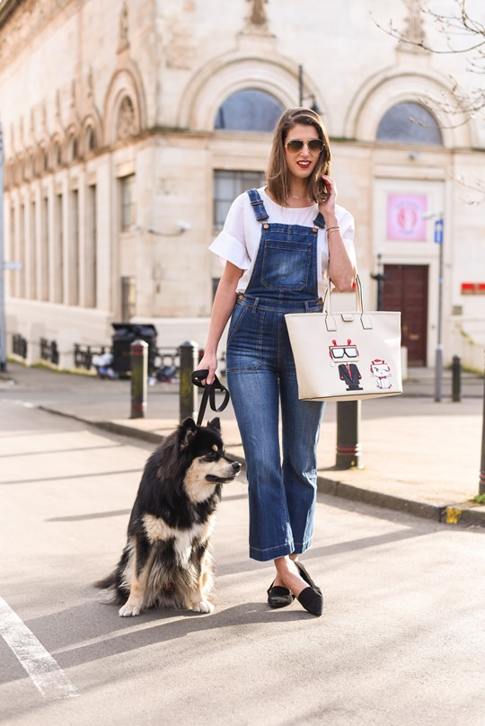 Karl Robot shopper bag & H&M Trend cropped overalls - Thankfifi street style
