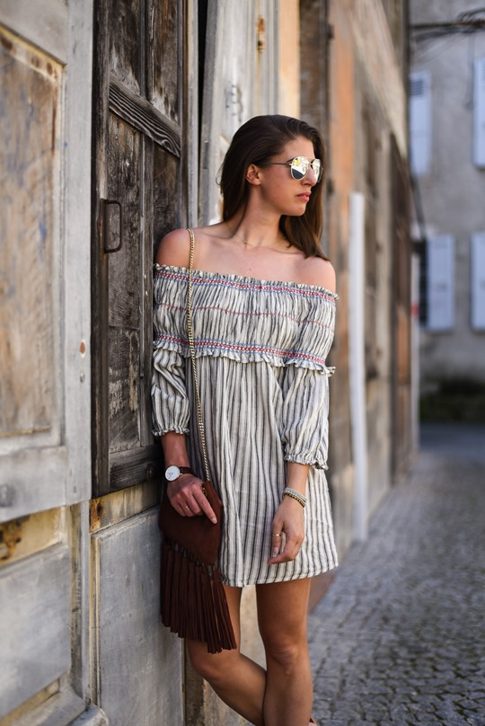Asos off the shoulder boho sundress & Next suede tassel bag - Thankfifi in Chambery-6