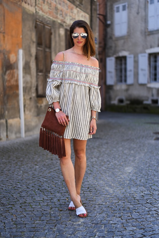 Asos off the shoulder boho sundress & Next suede tassel bag - Thankfifi in Chambery