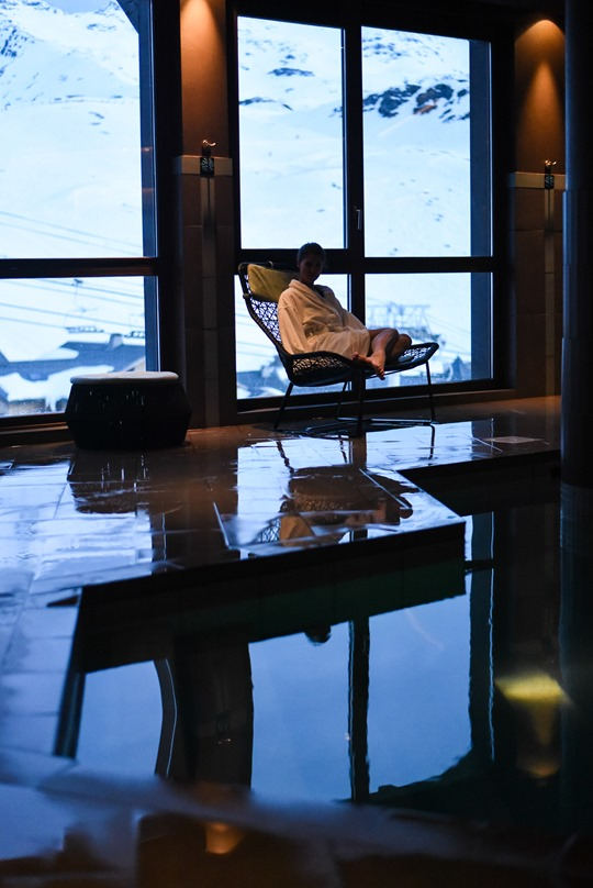 Le Hameau du Kashmir, luxury pool and spa, Val Thorens - Thankfifi-6