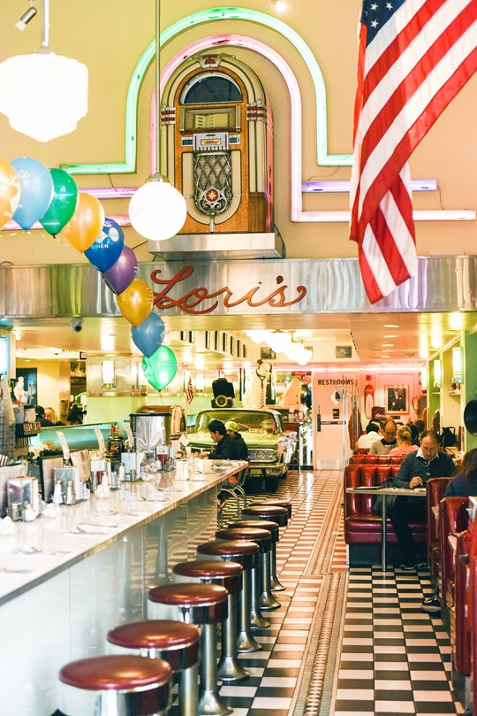Lori's Diner - Thankfifi San Francisco Travel Diary-3