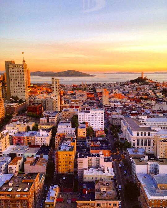 Sunrise over the bay - Thankfifi San Francisco Travel Diary-4