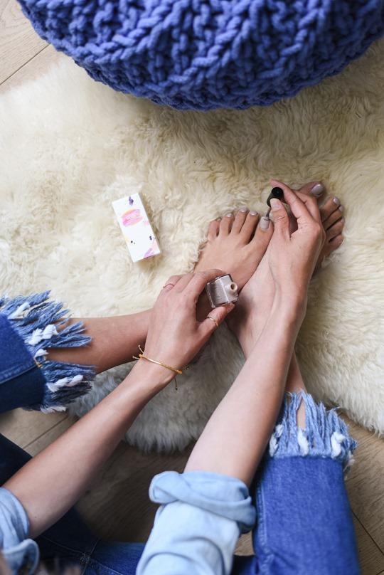 River Island frayed hem jeans, Audrey Style - Thankfifi luxury lifestyle blog-2