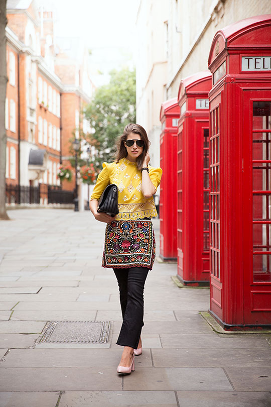 temperley-yellow-lace-blouse_lfw-street-style-ss17_thankfifi_5