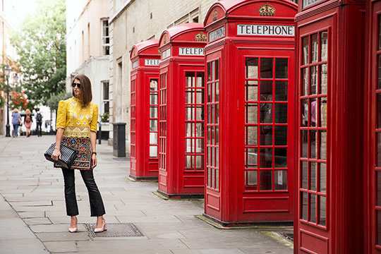 temperley-yellow-lace-blouse_lfw-street-style-ss17_thankfifi_9