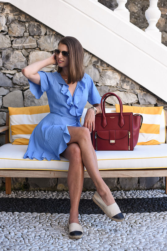asos-blue-ruffle-wrap-dress-henri-bendel-rivington-tote-sestri-levante-thankfifi-scottish-travel-blog-2