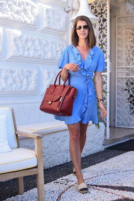 asos-blue-ruffle-wrap-dress-henri-bendel-rivington-tote-sestri-levante-thankfifi-scottish-travel-blog-6