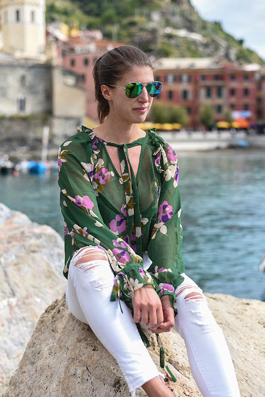 asos-green-floral-ruffle-blouse-vernazza-harbour-thankfifi-scottish-travel-blog-3