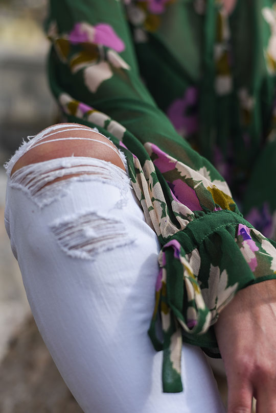 asos-green-floral-ruffle-blouse-vernazza-harbour-thankfifi-scottish-travel-blog-4
