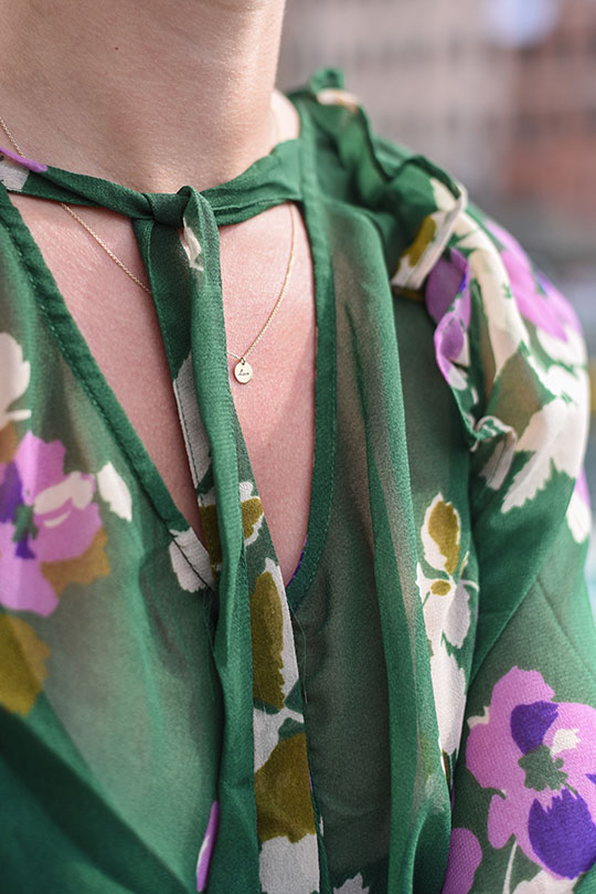 asos-green-floral-ruffle-blouse-vernazza-harbour-thankfifi-scottish-travel-blog-5