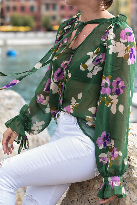 asos-green-floral-ruffle-blouse-vernazza-harbour-thankfifi-scottish-travel-blog-8