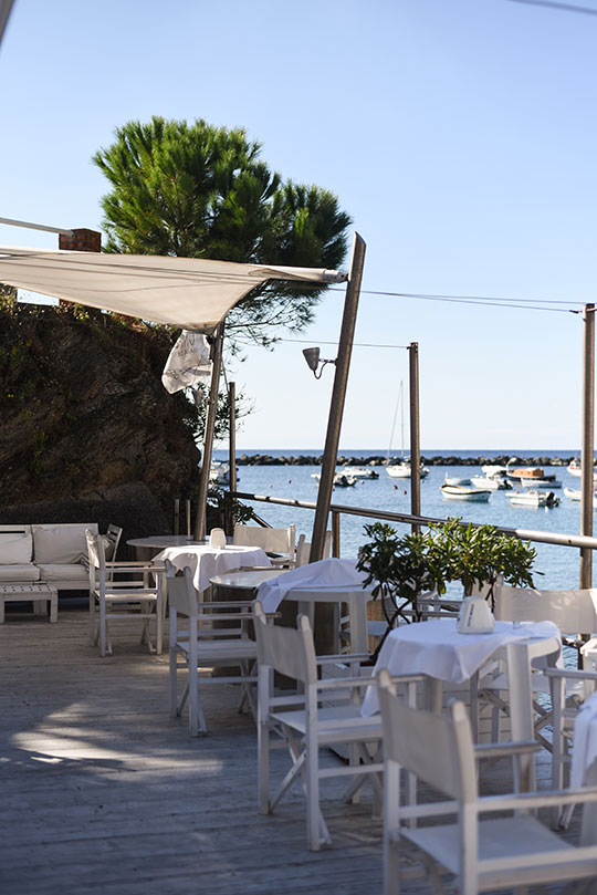 citto-beach-bar-bay-of-silence-sestri-levante-thankfifi-scottish-travel-blog