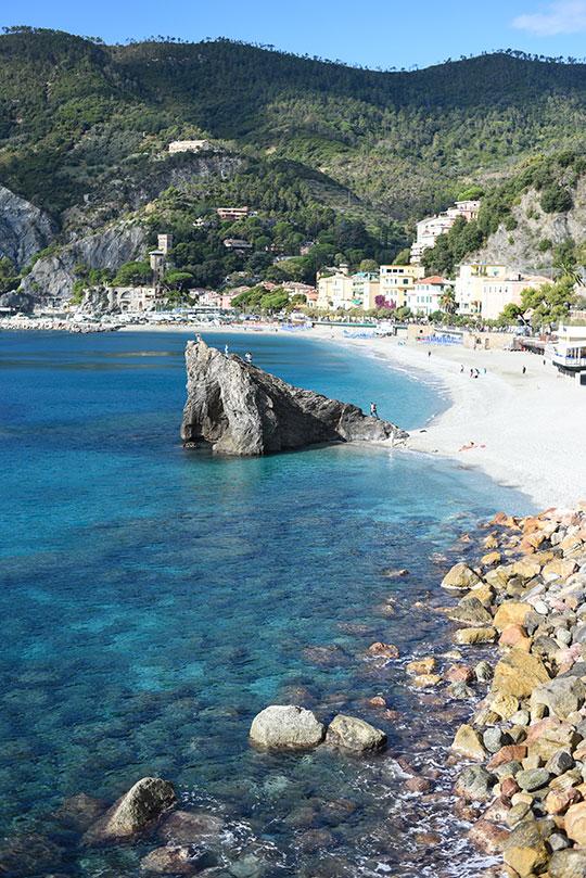 monterosso-al-mare-cinque-terre-day-trip-travel-guide-thankfifi-scottish-travel-blog-2