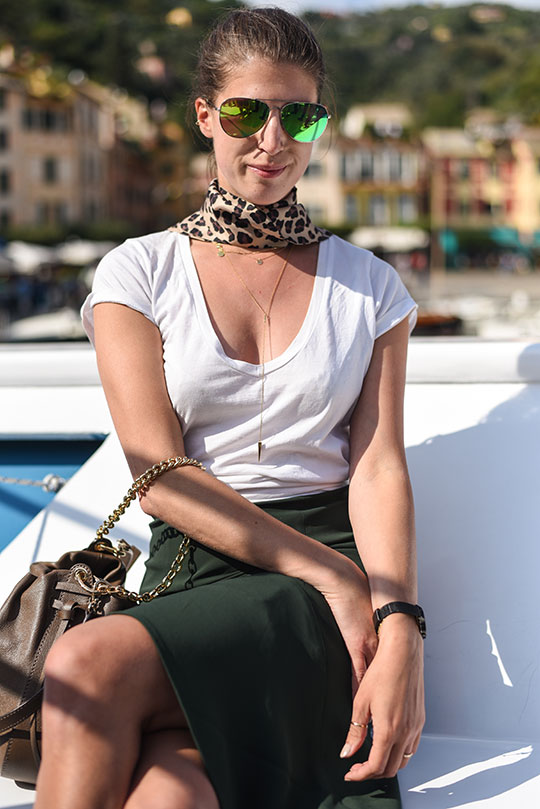 reiss-autumn-skirt-in-portofino-thankfifi-scottish-travel-blog-1