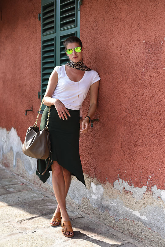 reiss-autumn-skirt-in-portofino-thankfifi-scottish-travel-blog-3
