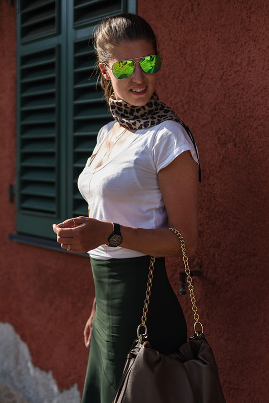 reiss-autumn-skirt-in-portofino-thankfifi-scottish-travel-blog-5