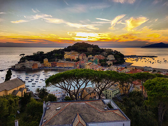 sunset-in-sestri-levante-thankfifi-scottish-travel-blog-2