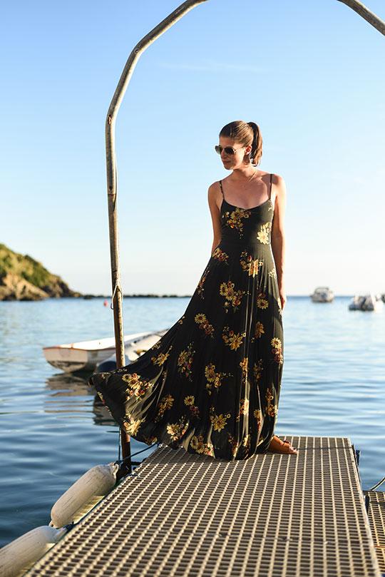 swimming-in-the-bay-of-silence-sestri-levante-thankfifi-scottish-travel-blog-2