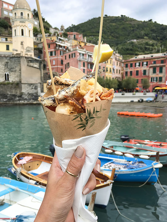 fritto-misto-in-vernazza-thankfifi-scottish-travel-blog