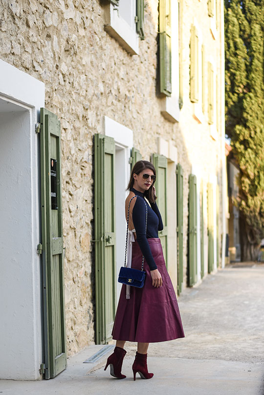 chateau-lhospitalet-chanel-blue-velvet-flap-bag-thankfifi-scottish-travel-blog-2