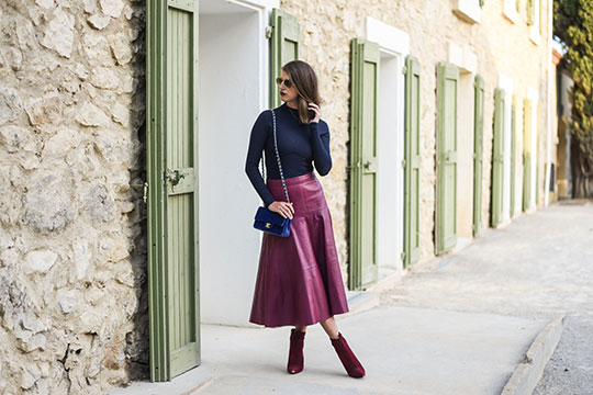 chateau-lhospitalet-chanel-blue-velvet-flap-bag-thankfifi-scottish-travel-blog-3
