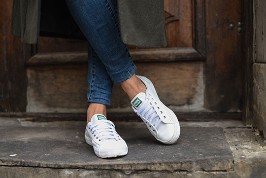 keds-white-perforated-sneakers-warsaw-old-town-thankfifi-scottish-travel-blog-1