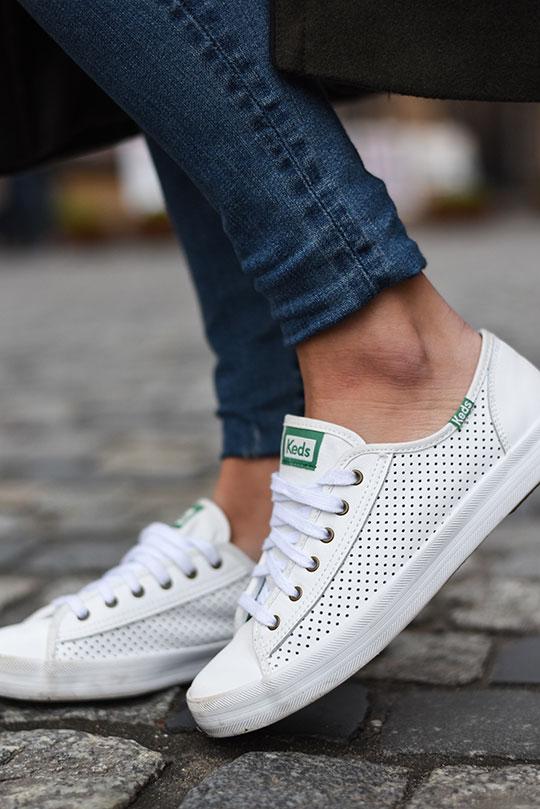 keds-white-perforated-sneakers-warsaw-old-town-thankfifi-scottish-travel-blog-3