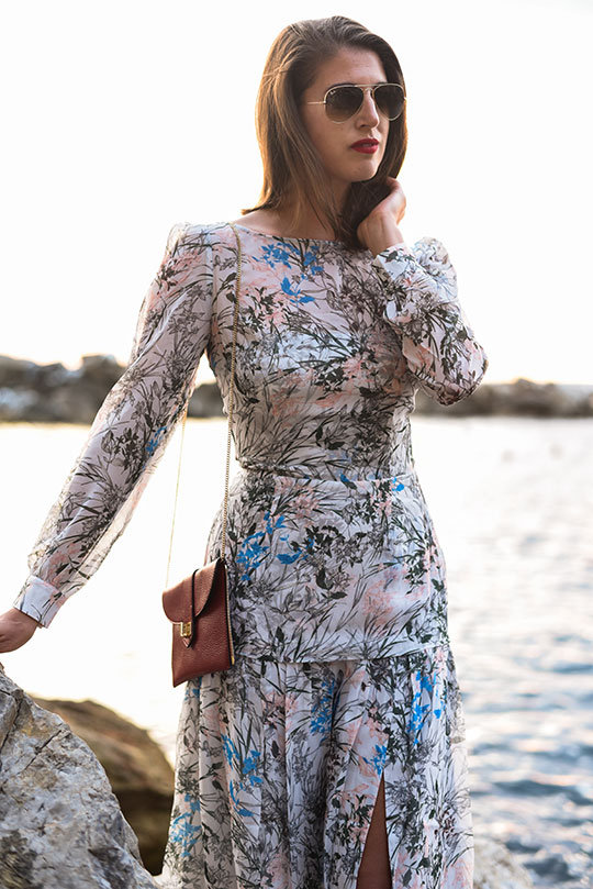 reiss-nyla-midi-dress-riomaggiore-at-sunset-thankfifi-scottish-fashion-blog-15