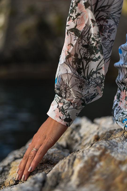 reiss-nyla-midi-dress-riomaggiore-at-sunset-thankfifi-scottish-fashion-blog-9