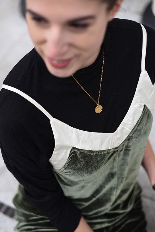 choies-velvet-slip-dress-henri-bendel-marquis-micro-tote-thankfifi-scottish-fashion-blog-6