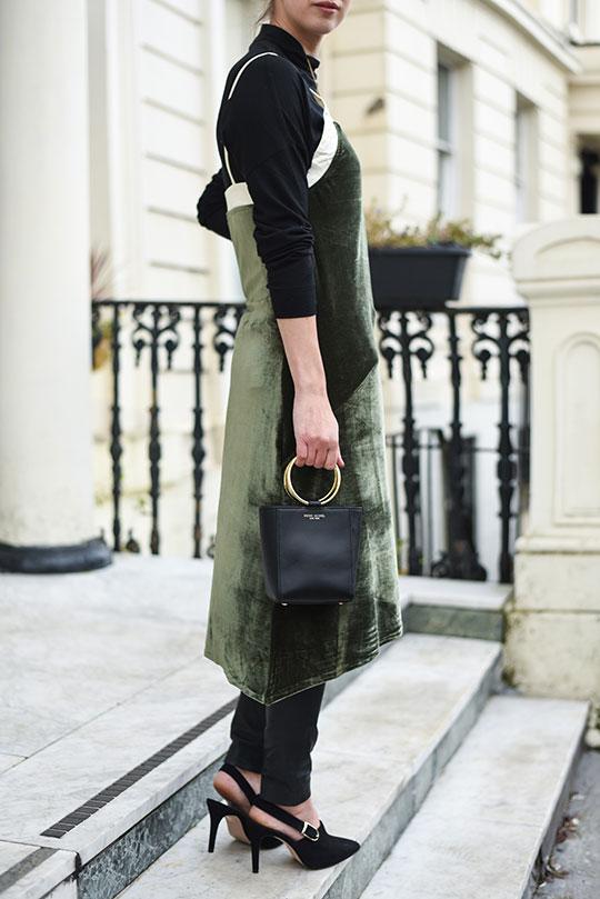 choies-velvet-slip-dress-henri-bendel-marquis-micro-tote-thankfifi-scottish-fashion-blog-7