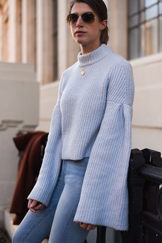 hm-trend-baby-blue-bell-sleeve-jumper-thankfifi-scottish-fashion-blog