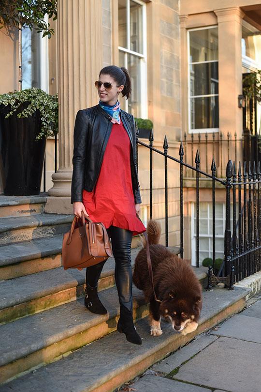 Brae-silk-hand-painted-scarf-&-Modalu-Willow-Bag---Thankfifi-Scottish-fashion-blog-3