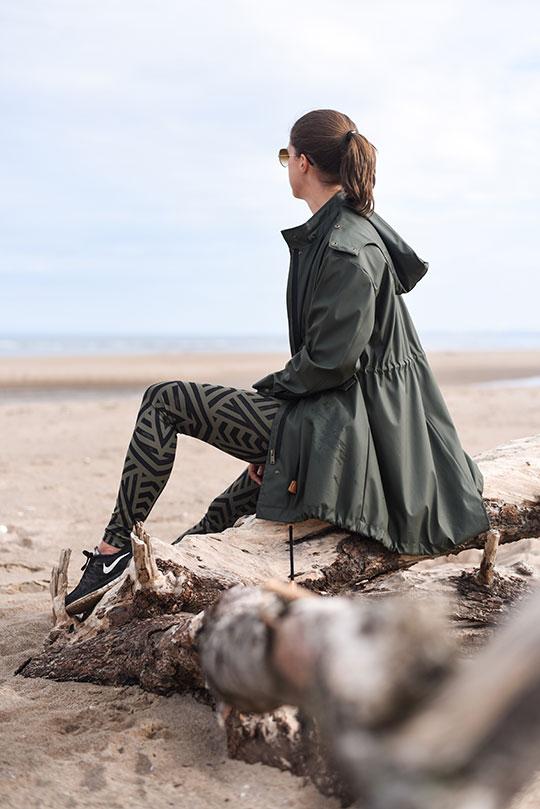 Lululemon-leggings,-Sweaty-Betty-tank-&-Zara-raincoat,-Tentsmuir-beach---Thankfifi-Scottish-travel-blog-2