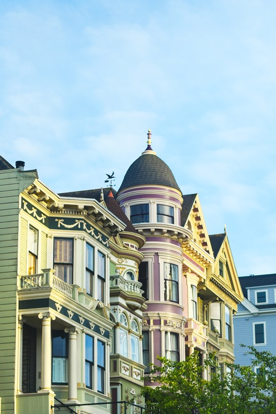 pastel-houses-the-painted-ladies-thankfifi-san-francisco-travel-diary_thumb