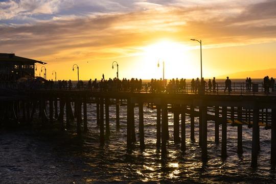 santa-monica-beach-sunset-thankfifi-la-travel-diary-4_thumb1